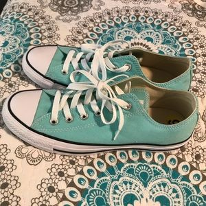 Teal converse size 9 womens.  Brand new.  Not worn
